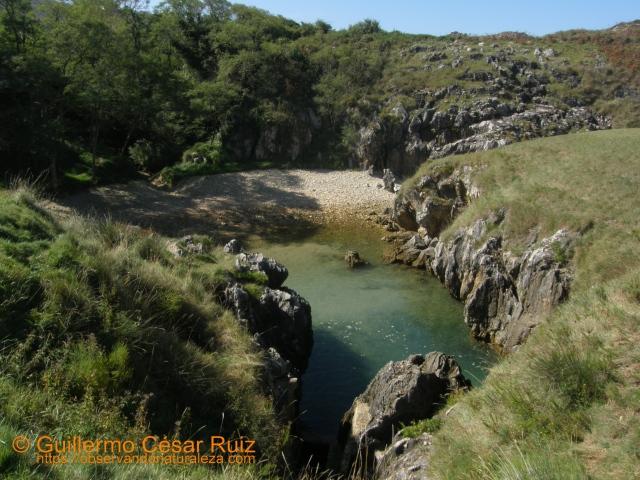 Playa de Cobih.eru/Cobijeru, Buelna (Llanes-Asturias)