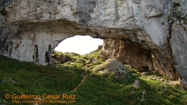 Arcos de Llanegro u Ojos del Diablo, el Ojo Pequeño visto por la cara noreste