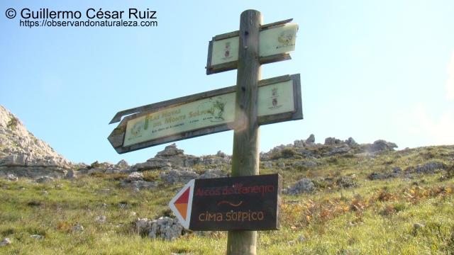 Señalización ruta ascensión Ojos de Llanegro y cima del Solpico