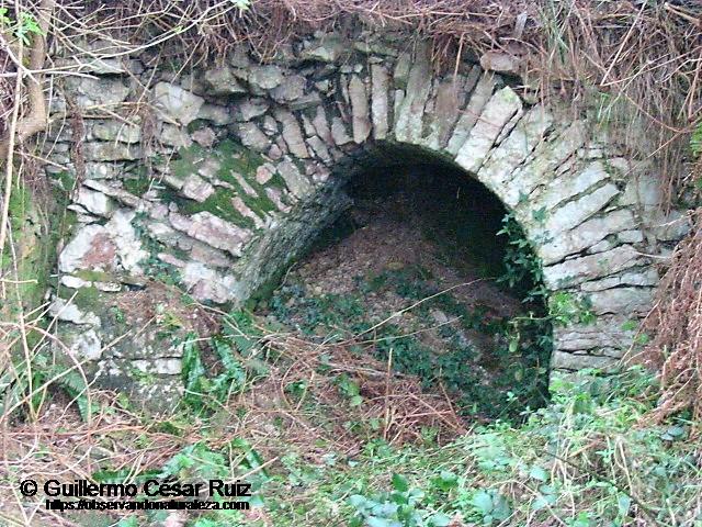 Bocamina de Gamonéu, por la cual se extraía el hierro